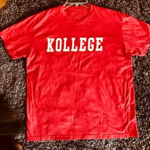 Other - Wisconsin KOLLEGE Red Short Sleeve T-Shirt L